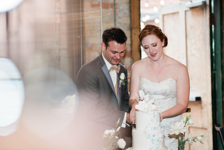 Cake cutting at Archeo wedding