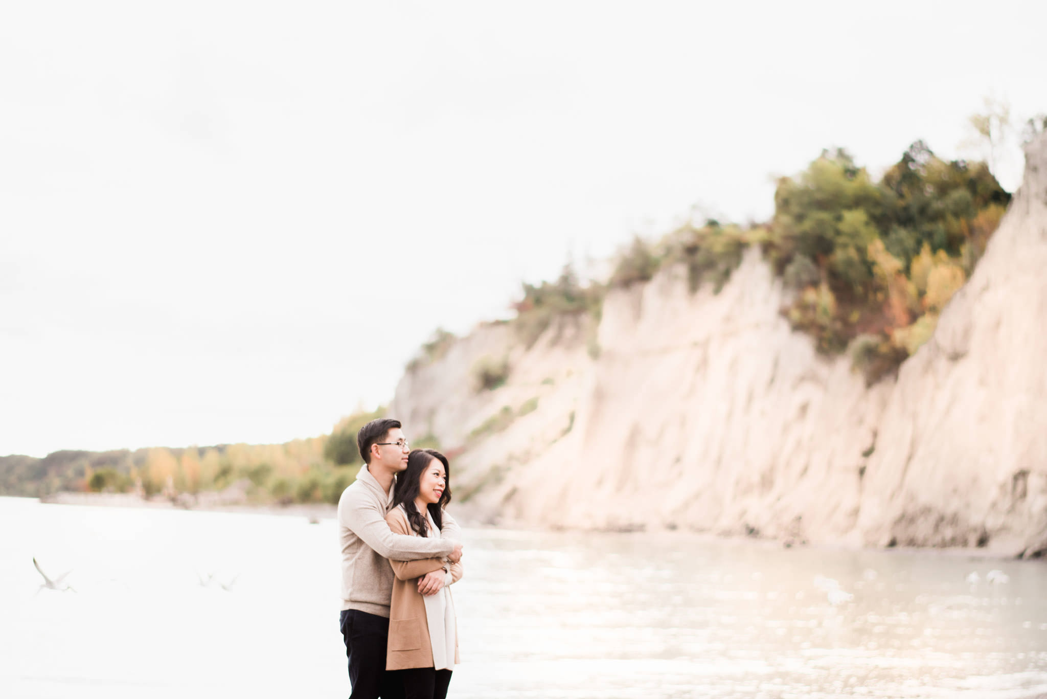 Fall engagement session at the Scarborough Bluffs in Toronto