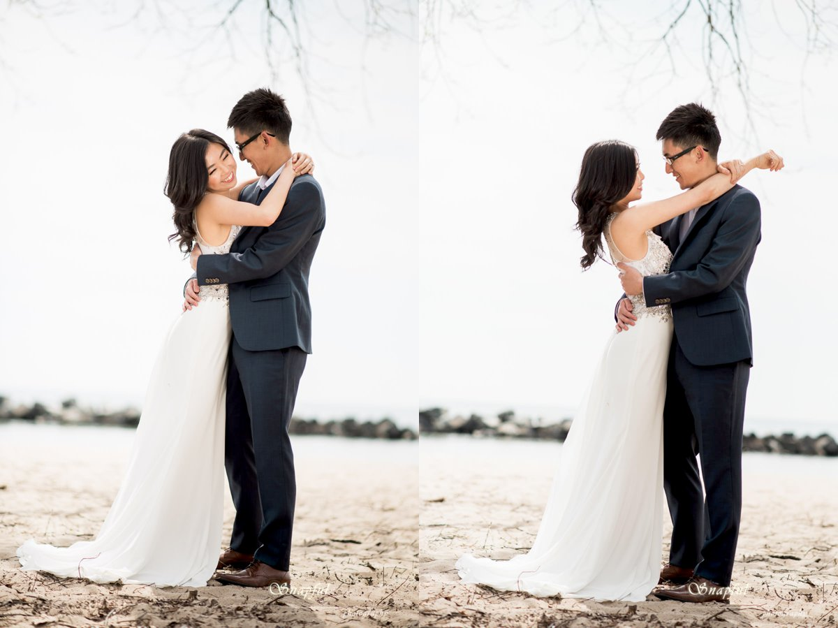 couple posing on the beach